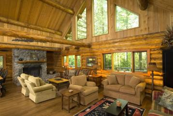 on the McKenzie River Vacation Rental