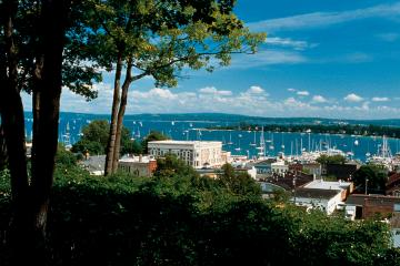Harbor Springs, Petoskey, Cross Village, Mackinaw and Traverse City Vacation Rental